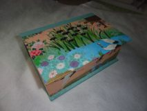 Two Compartment Box with Crane Paper