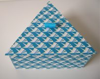 Triangular Box with Teal Wings paper
