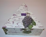 Triangular Box with Italian Grapes & Wines paper