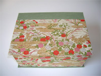 Square Box with Red & Pink Summer Flowers paper