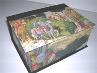 Square Box with Prince's Hunt paper