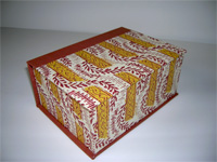 Square Box with Rose Vines & Yellow Borders paper